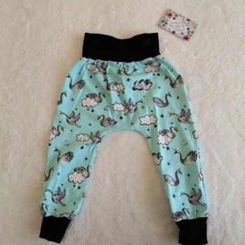 "Pantalon ""cygne vert"" 2/3 ans"